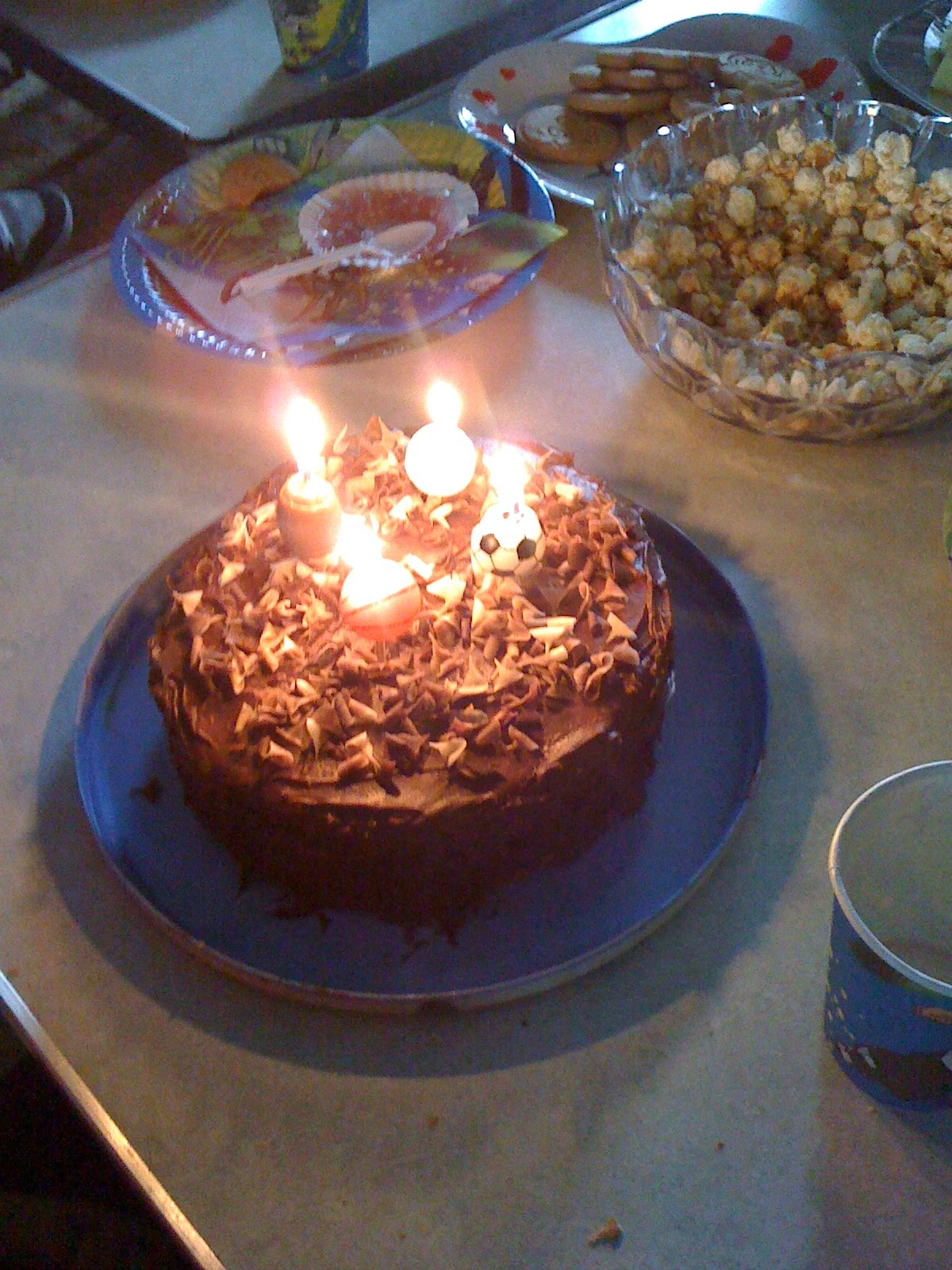 Lakes Single Mum How To Cheat At Children S Birthday Cakes