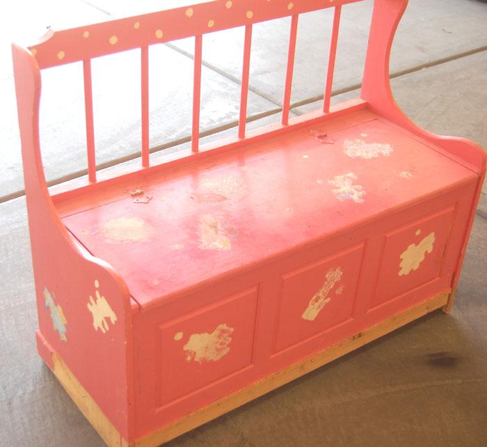 Remodelaholic | Toy Box Bench Make-Over