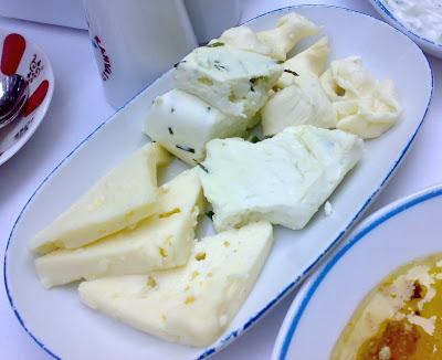 Van+Kahvalti+Sofrasi+peynirler - Erkek bebek geliyor