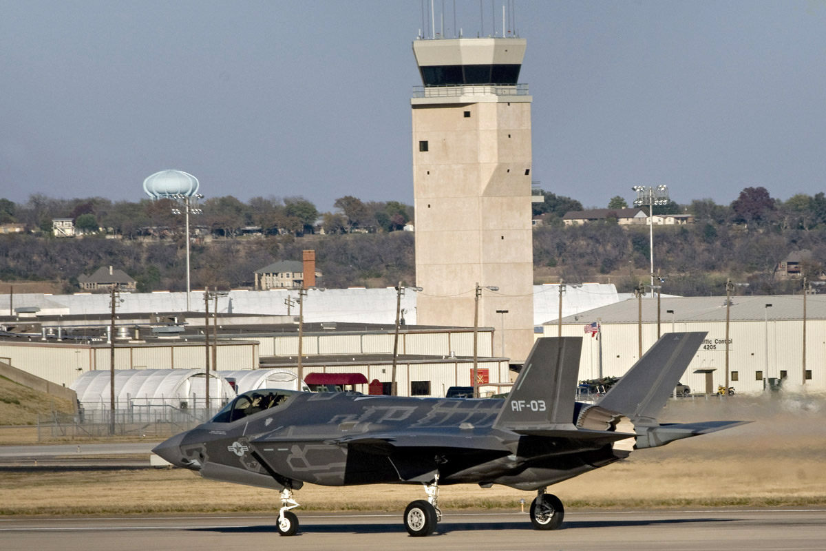SNAFU!: A real analysis of the J-20 vs  the F-35