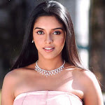 Southindian Hot Beauty Asin Sexy Pictures