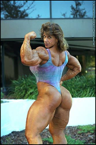 [body_builder_chick_4.jpg]