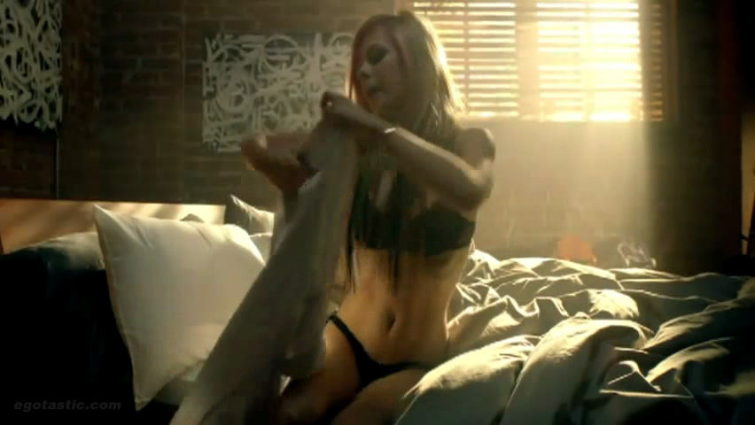 Avril lavigne panty