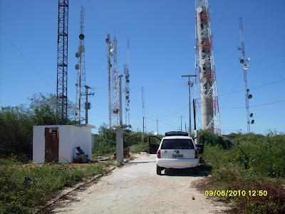 Resultado de imagem para fotos de torres de internet na serra  em acari rn