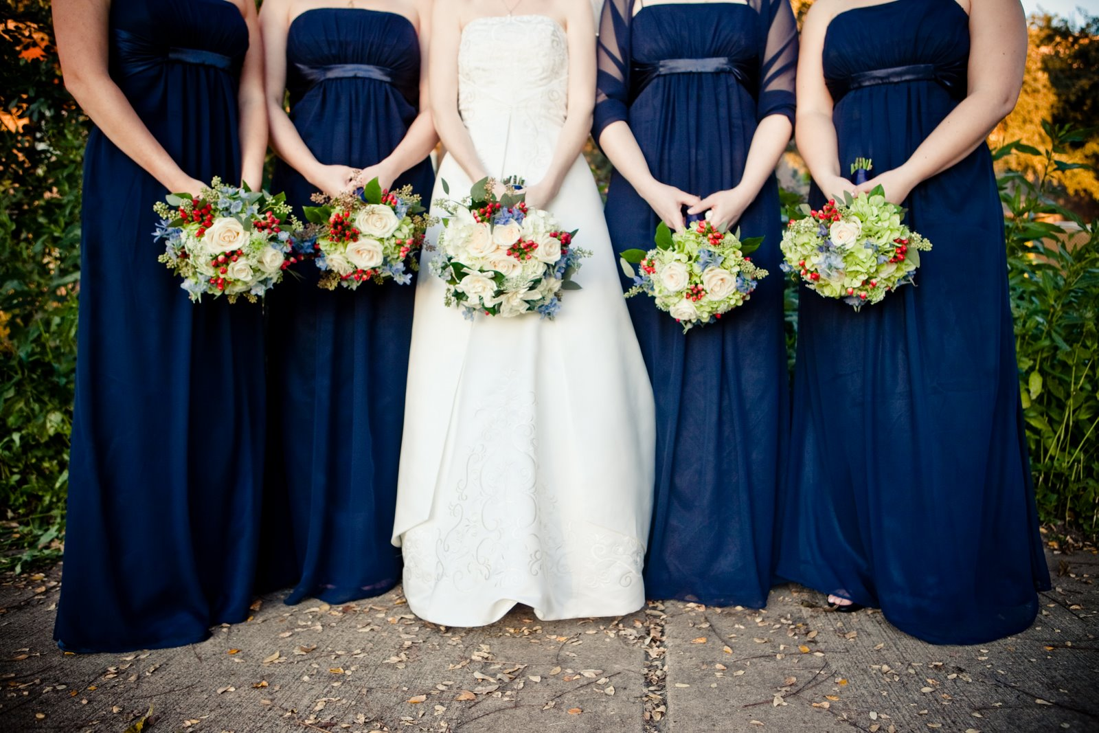 Bouquets of Austin Winter wedding flowers