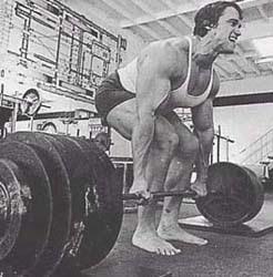 Arnold Schwarzenegger powerlifting deadlifts bottom technique Strength 101: The Basic Rule Of Training