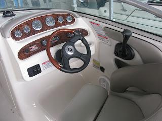 2004 Sea Ray 240 Deckboat Steering Wheel With Wood Grain