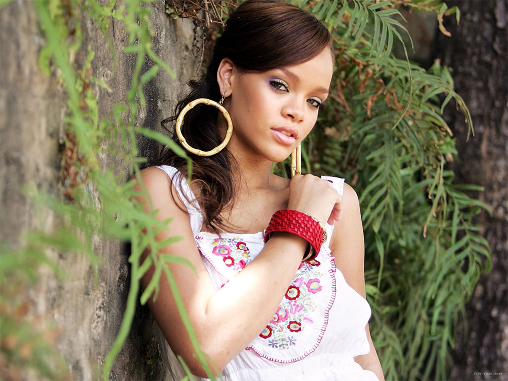Rihanna Stili İçin 5 Tüyo