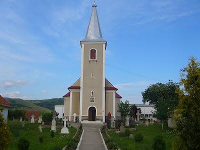 Elogiul satului românesc
