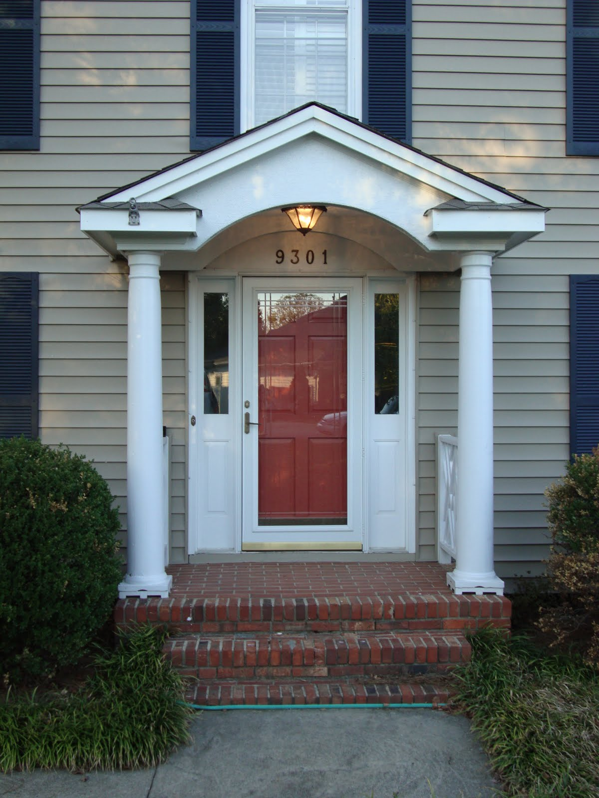 Home Entrance Door: Aluminium Front Doors For Homes
