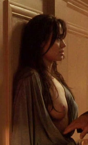 Angelina jolie fully nude taking lives - Nude pics