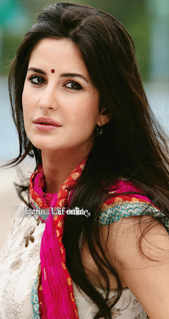 hot celebrities pics-bollywood hot actresses katrina kaif looking sex bomb in sexy pics and photos