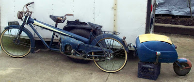 Moto Narcisse Laguin Sport Tandem with PAV trailer.