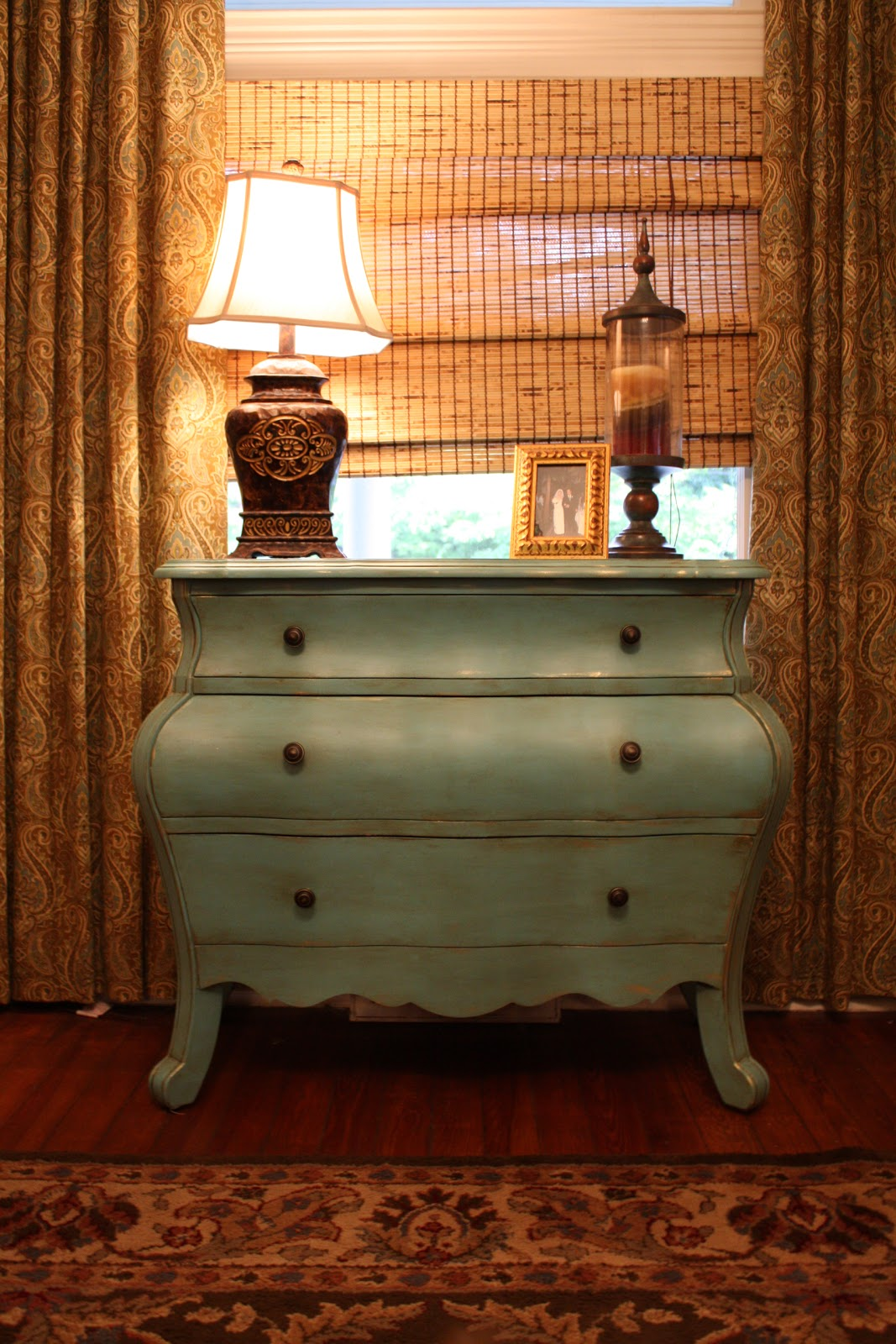 A Few Years Ago We Purchase A Distressed Red Painted Chest For Our Home In  Alabama. I Loved The Curves Of The Chest But Thought The Color Was Too Dark  For ...