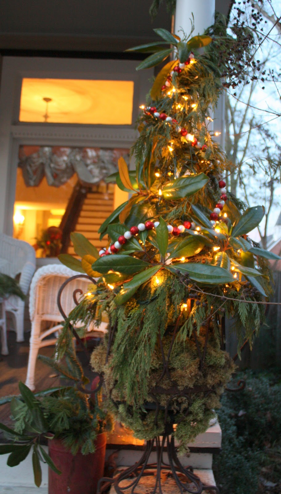 Our Southern Nest My Tomato Cage Christmas Tree