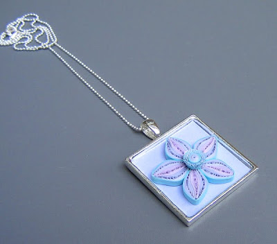 Quilled flower pendant tutorial