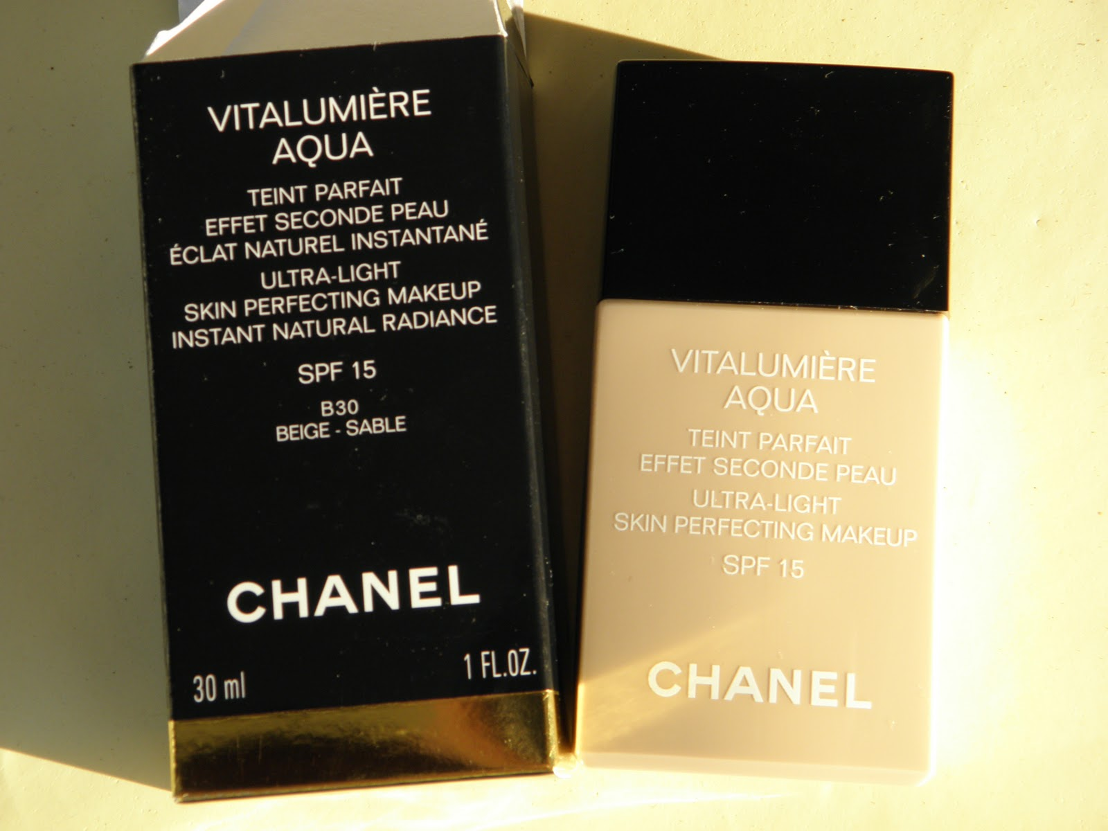 Glam Shine Beautyblog Chanel Vitalumiere Aqua Vitalumire Ultra Light Skin Perfecting Makeup Spf 15