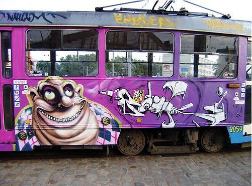 graffiti walls: 10++ (Best) Cool Graffiti Design Collection