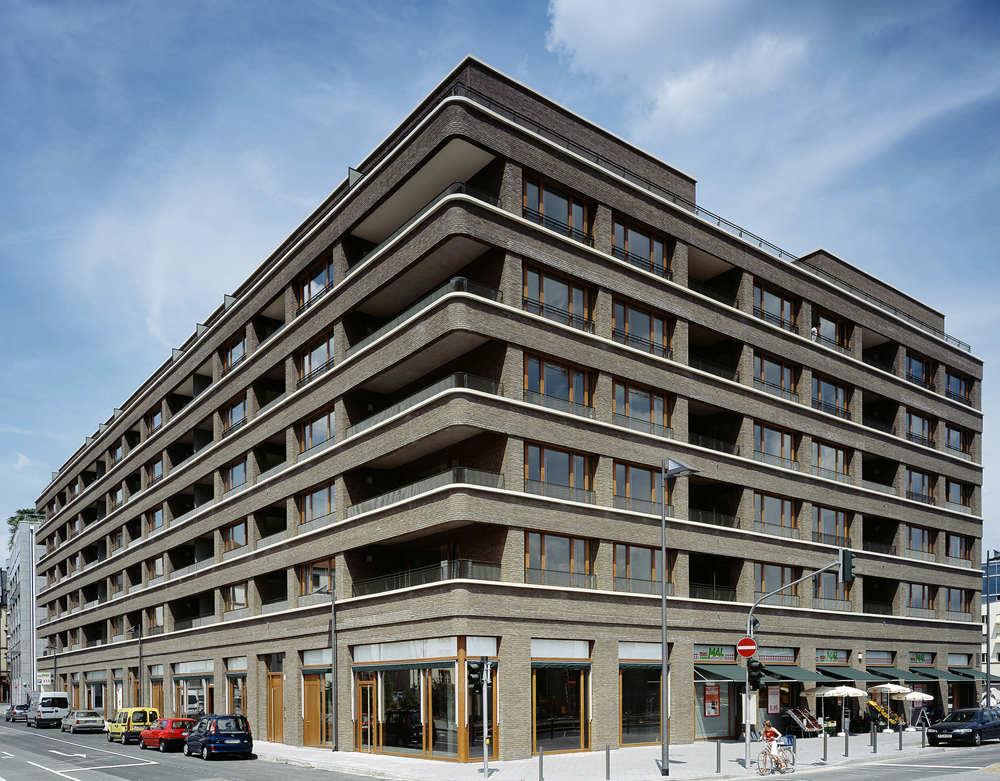 westgarten by stefan forster architekten housevariety. Black Bedroom Furniture Sets. Home Design Ideas