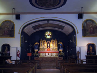 St  John's Latin Mass Community: Shrine Chapel of the
