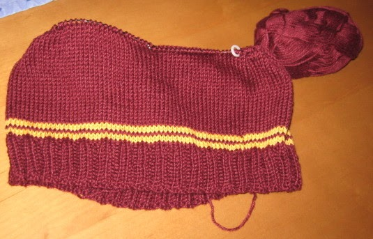 String Theory 2.0: Gryffindor Sweater start and pattern ...
