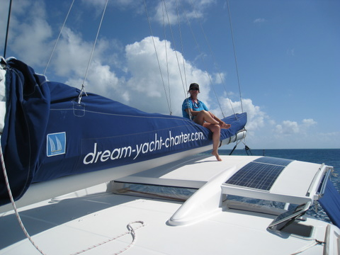 dream yacht charter tahiti