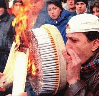 http://2.bp.blogspot.com/_3WfwzsWpUQ4/SV7d2zSSl8I/AAAAAAAAAFI/KO59L1-LP1w/s320/cigarettes.jpg