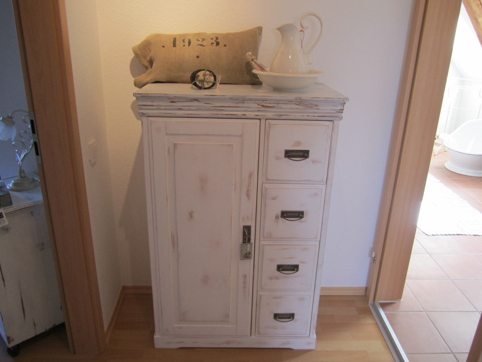 shabby chic und antik by conny samstag s von 14 18 uhr kaffe und kuchen. Black Bedroom Furniture Sets. Home Design Ideas