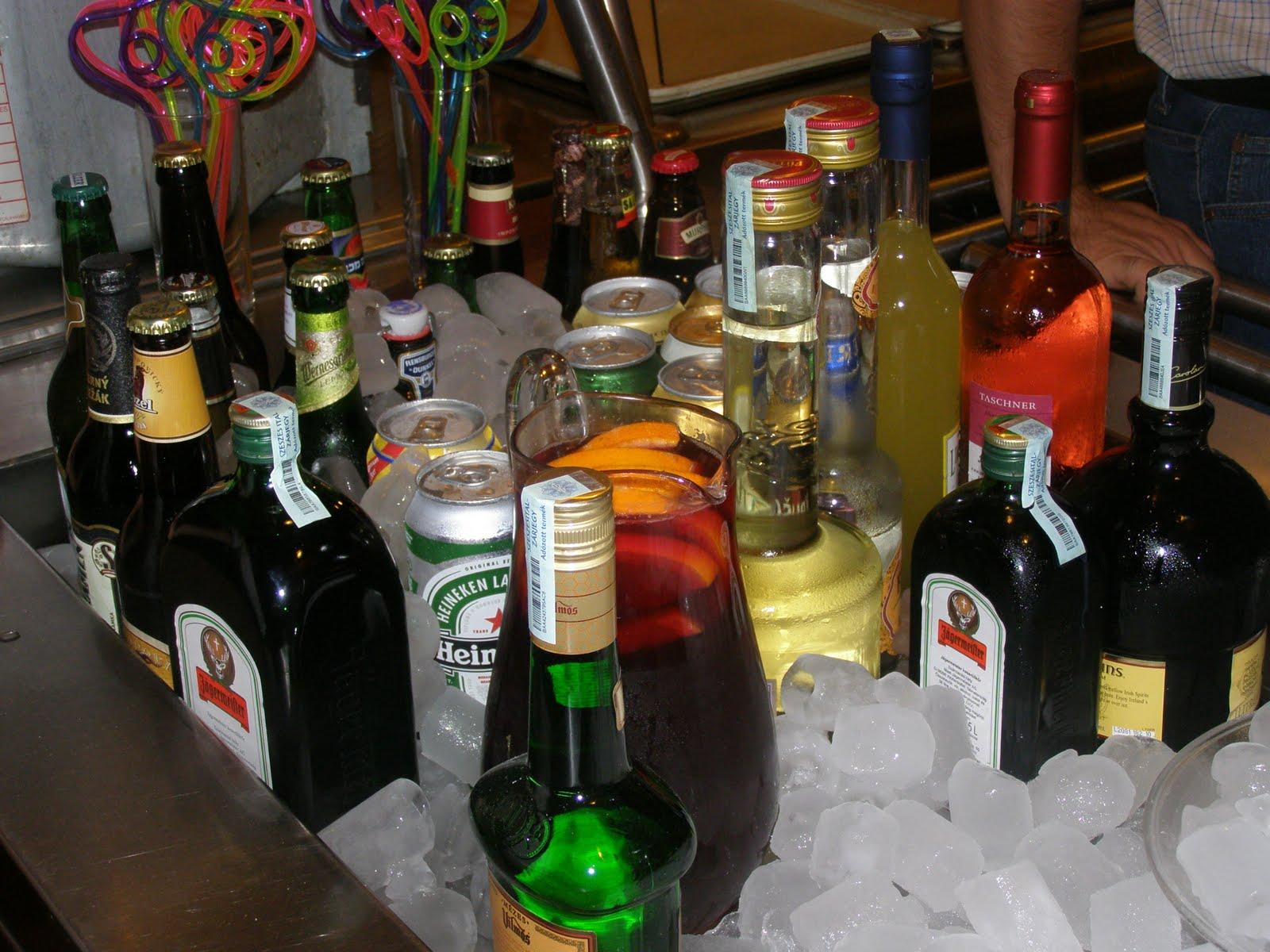 szülinapi italos képek Kriszta: Könny, szeretet, buli, avagy Virág születésnapja 2. rész szülinapi italos képek