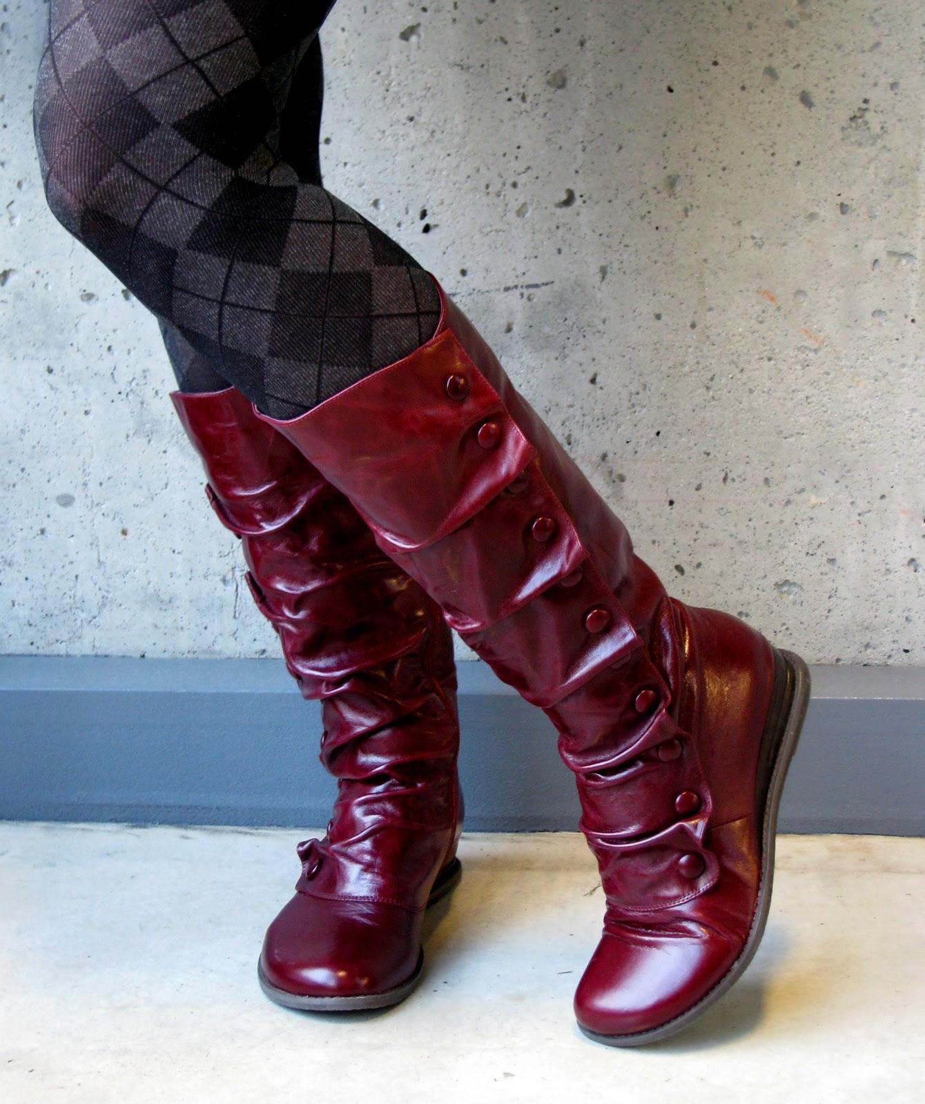 Comic World Miz Mooz Footwear