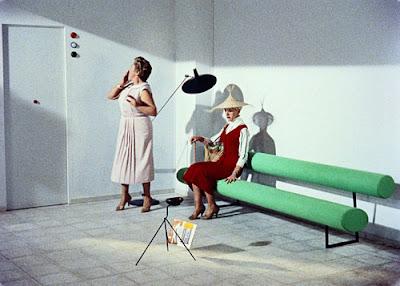 fifties to seventies domeau p r s tapissier sellier les meubles de mon oncle de jacques tati. Black Bedroom Furniture Sets. Home Design Ideas