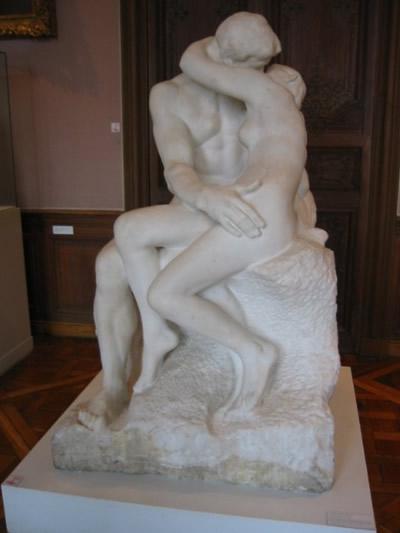 Un couple baise dans leur salle de bain - 5 5