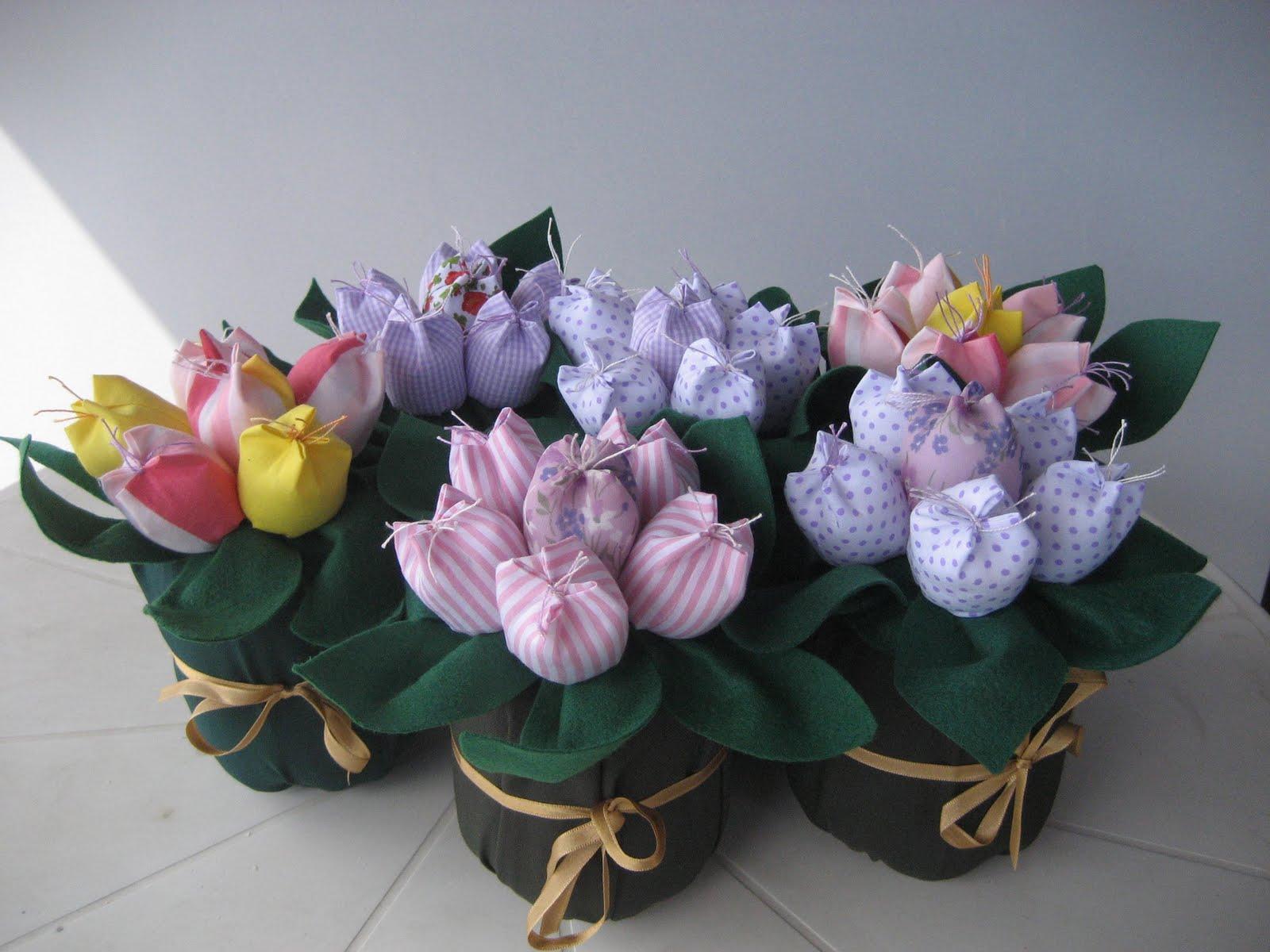 Alegria da Lilica: Peso de porta de tulipas