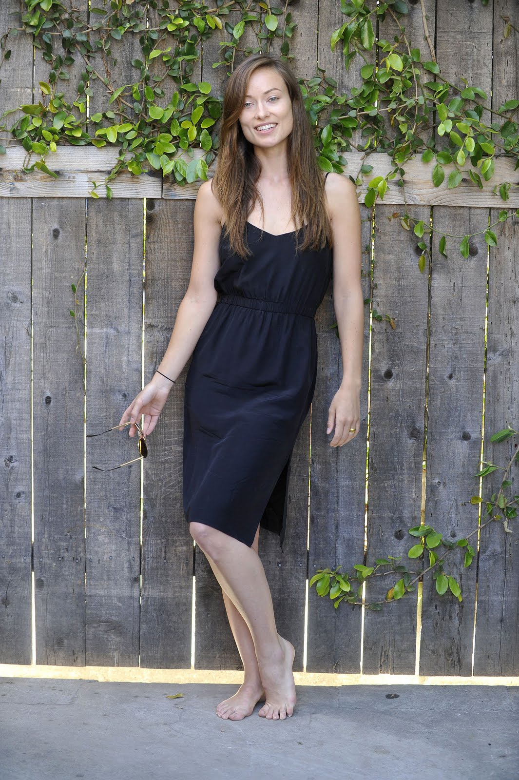 Celebrity Whereabouts Olivia Wilde Goes Barefoot-9523