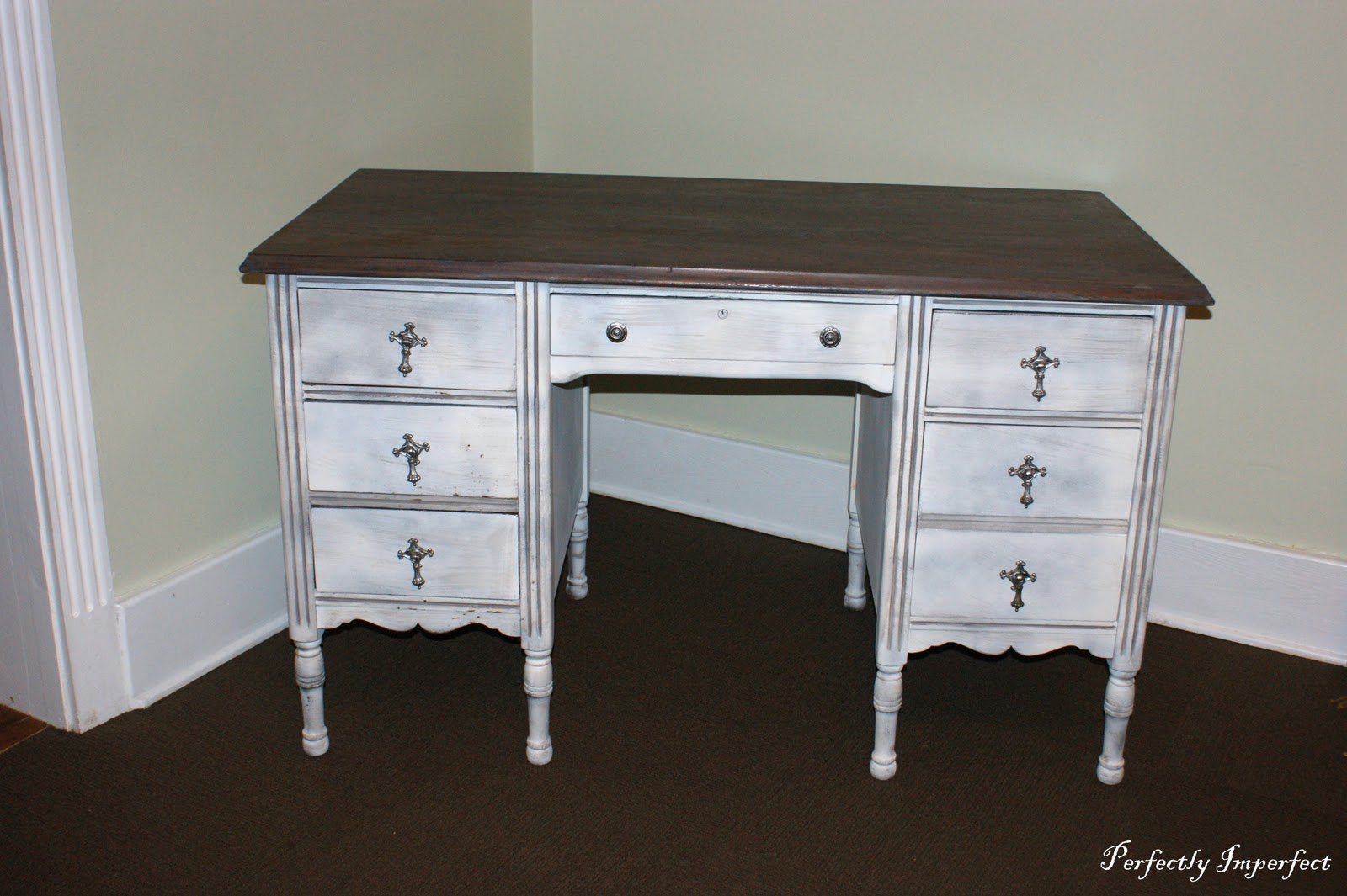 Perfect Frenchy Desk | Perfectly Imperfect™ Blog YA21