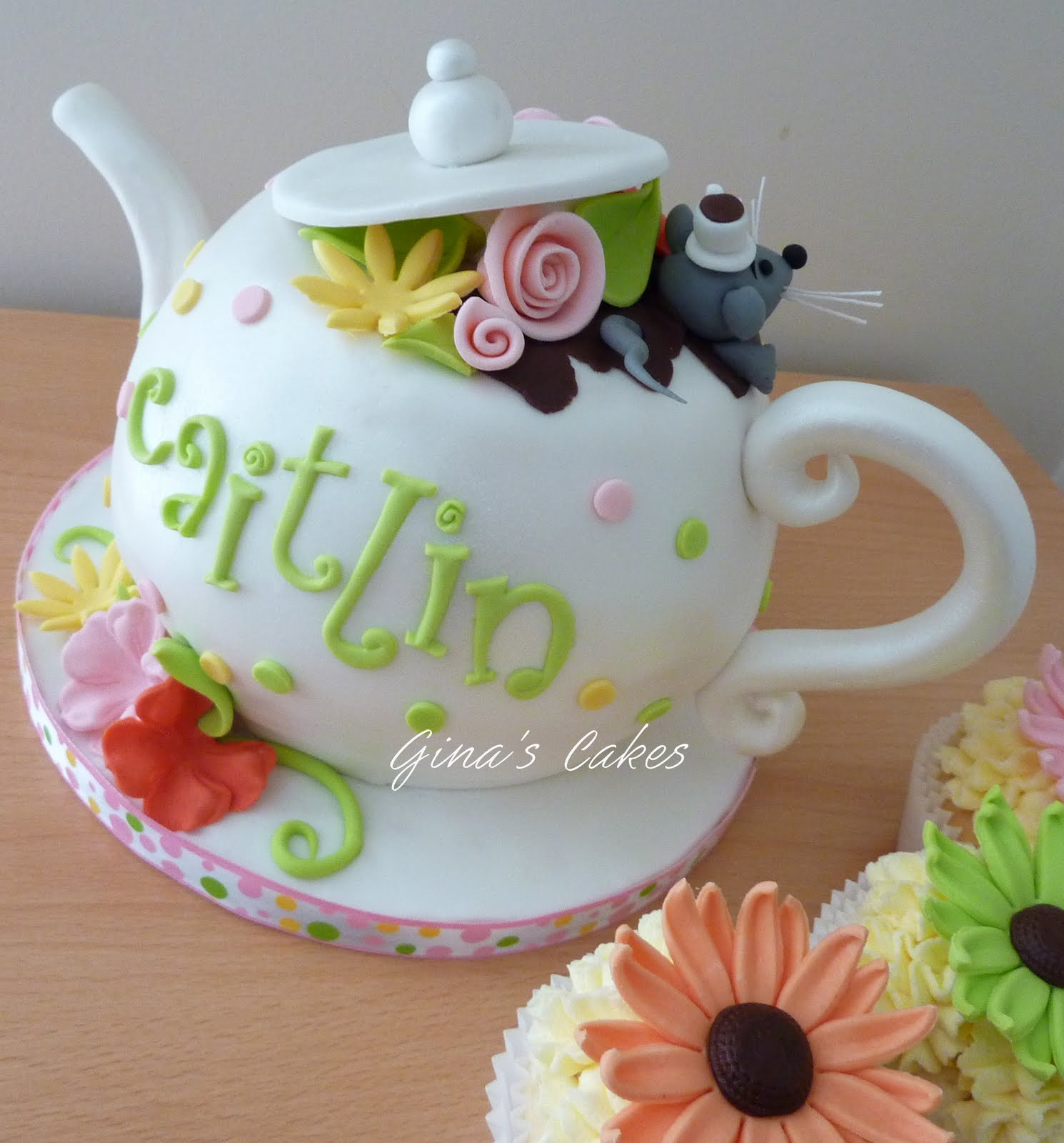 Top That!: {Caitlin's} Merry Un-Birthday Tea Party