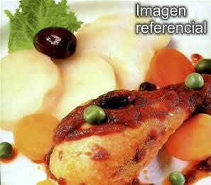 Estofado de Pollo o Carne de Res en Salsa de Zanahorias
