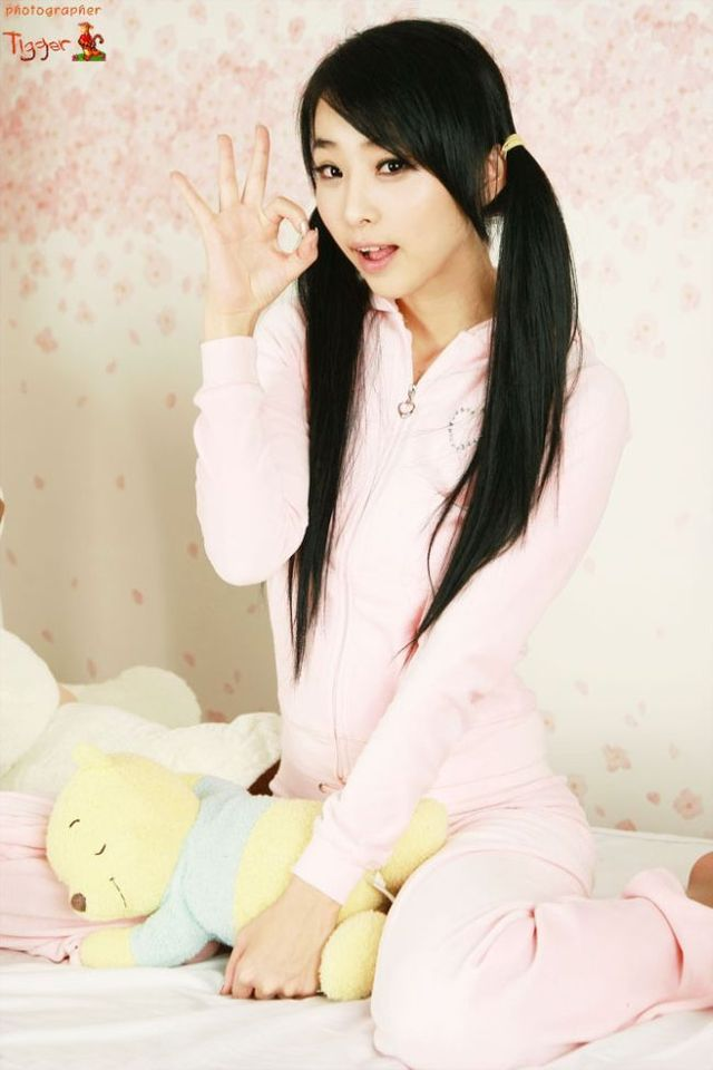 Puripuwii Kawaii Cute Asian Poses-9271