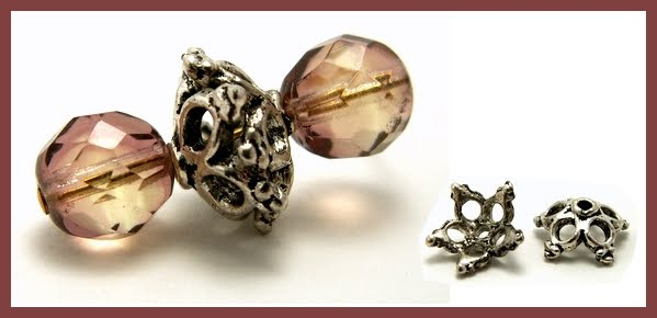 Olika former ger olika pärlor och medan mindre pärlhattar ger dekorativa  mellanpärlor kan större pärlhattar bilda rena fokalpärlorna. d1ebda9bfff2c