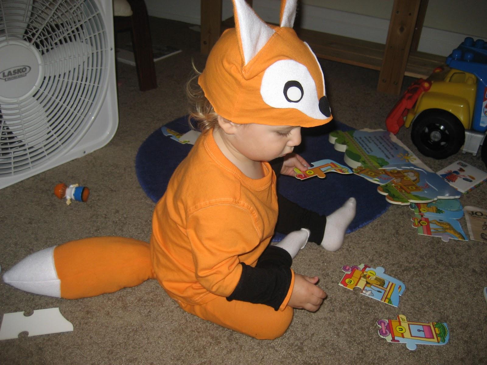 a little gray: Fox Costume!