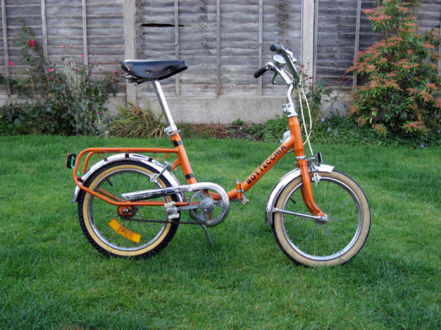 3817e977 Cycle A 2 B: A real kid's bicycle