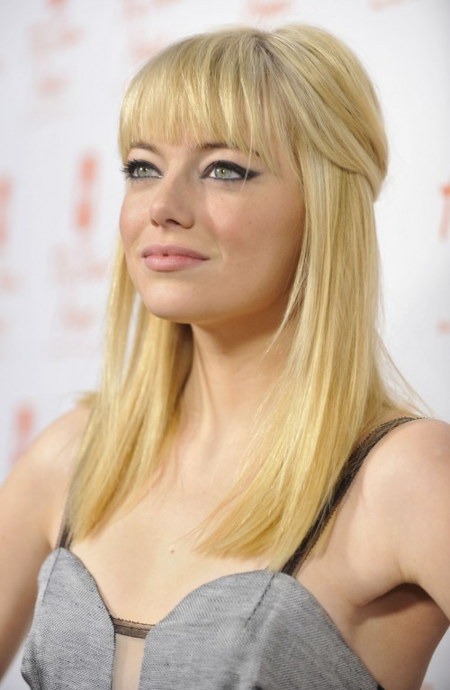 Teencelebbuzz Emma Stone Debuts Blonde Hair