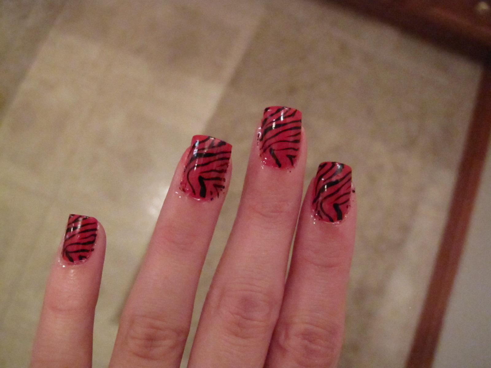 Nail Designs: November 2010