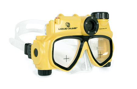 Underwater digital camera mask with 5 mega pixel digital camera