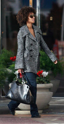 Celeb Spotting Halle Berry With The Cartier Marcello Bag