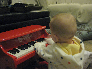 toy piano kids