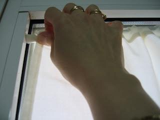 Manualidades sin salir de casa Cmo colgar unas cortinas