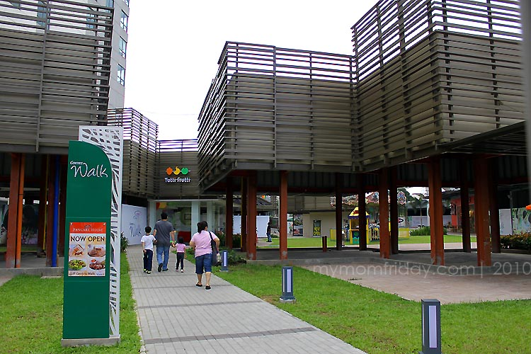 how to go to centris mall