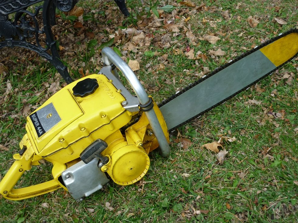 VINTAGE CHAINSAW COLLECTION: MCCULLOCH SUPER 44A