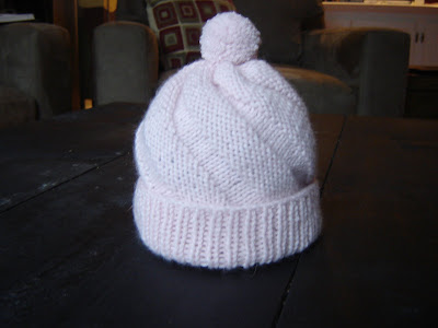 swirl hat - a Friend to knit with e208dc321961